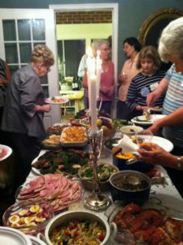 All-Foyers Potluck Dinner