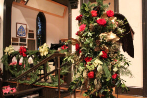 Pulpit flowers Christmas 2017