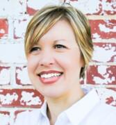 Profile image of Lara McCoy Roslof