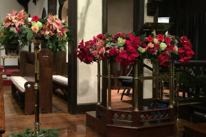 Christmas 2018 flowers pulpit