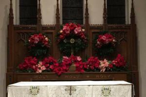 Christmas 2018 flowers altar